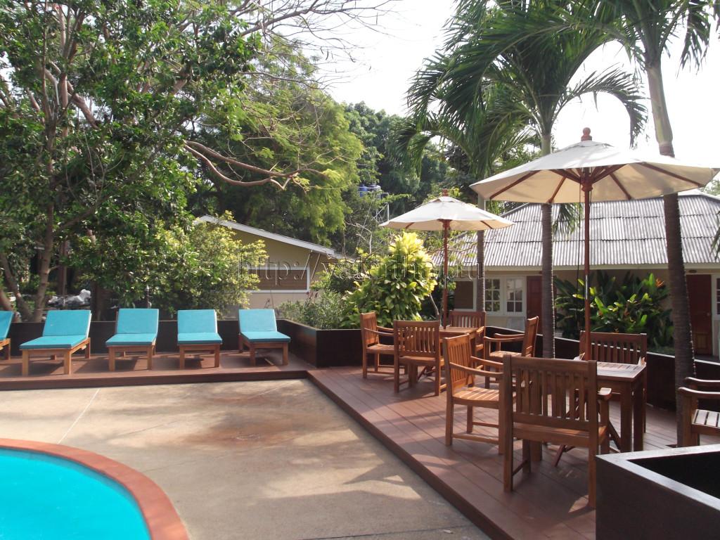 Отель Malibu Garden Resort 3*