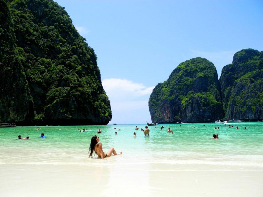 Куда лучше поехать в Таиланд или в Индию на Гоа